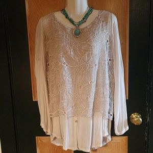 SCANDAL iTALY NWOT blouse